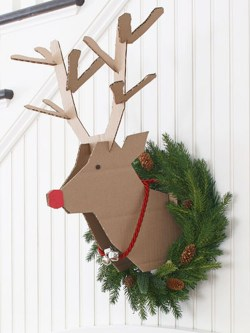 Easy DIY Office Christmas Decoration Ideas 21