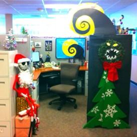 Easy DIY Office Christmas Decoration Ideas 27