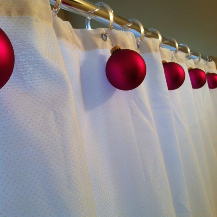 Inspiring Winter Bathroom Decor Ideas You Will Totally Love 08