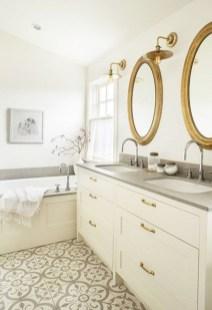 Inspiring Winter Bathroom Decor Ideas You Will Totally Love 22