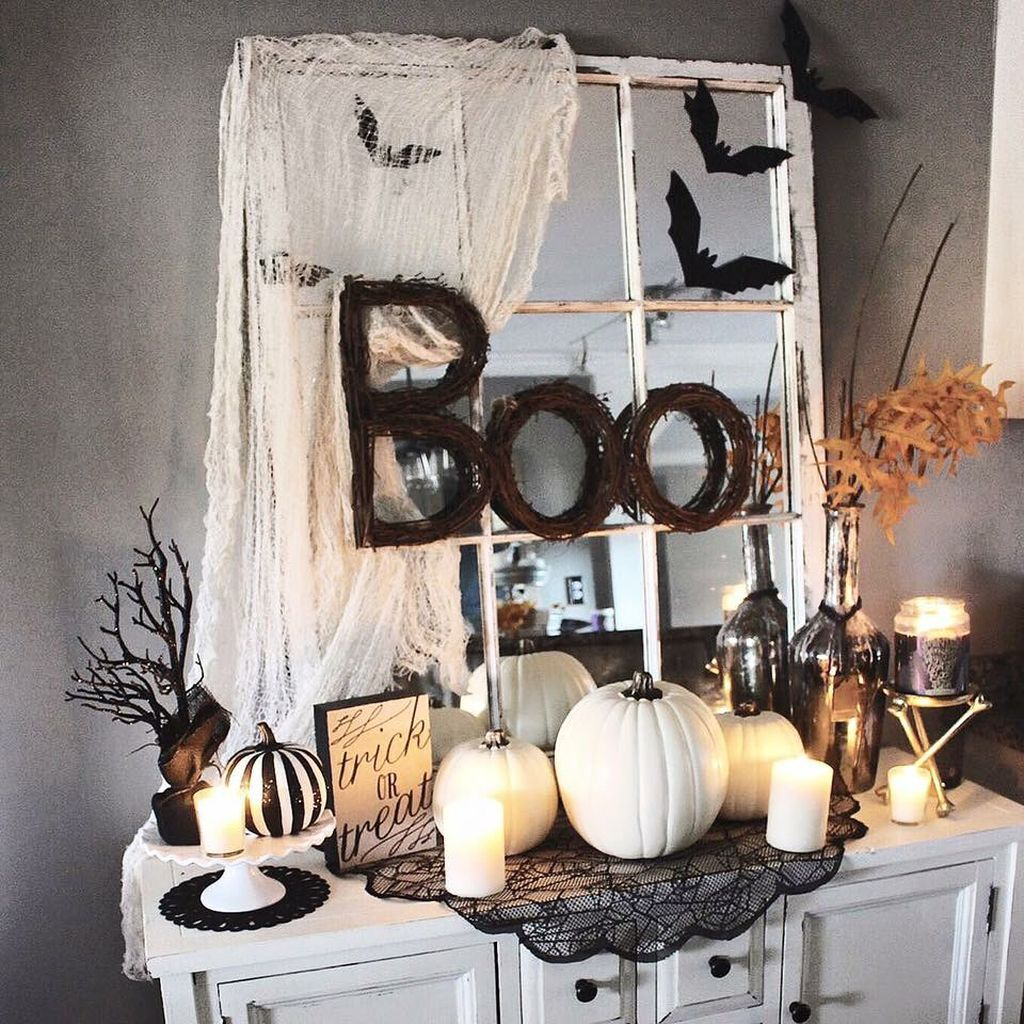 Scary But Creative DIY Halloween Window Decorations Ideas You Should Try 43
