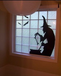Scary But Creative DIY Halloween Window Decorations Ideas You Should Try 49
