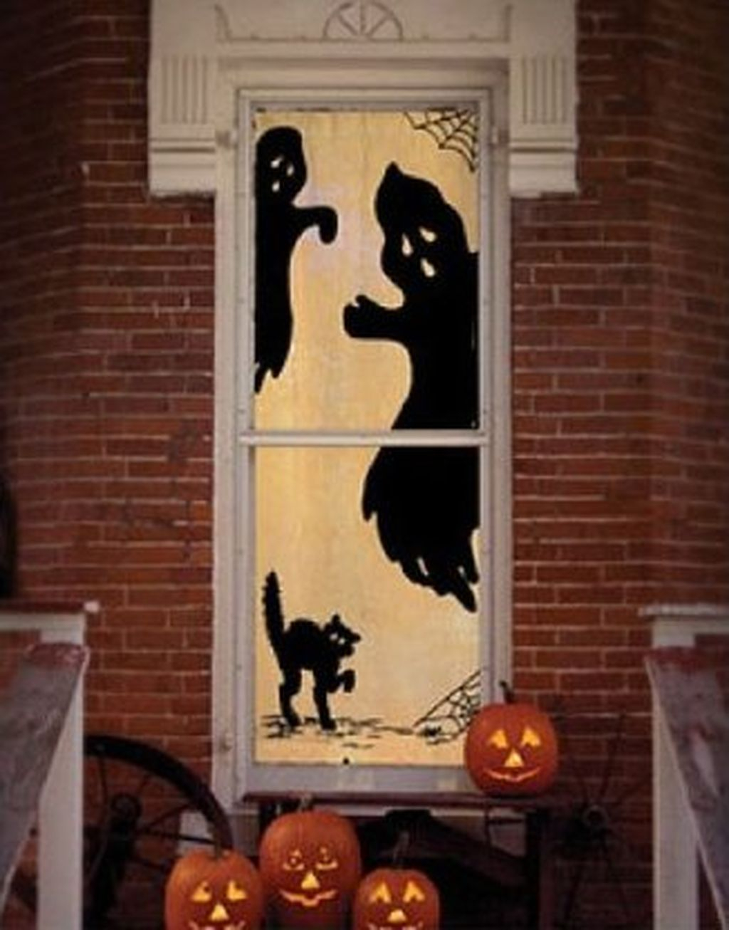 Scary But Creative DIY Halloween Window Decorations Ideas You Should Try 61