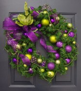 Adorable Pink And Purple Christmas Decoration Ideas 37