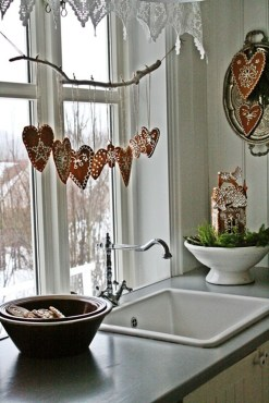 Adorable Rustic Christmas Kitchen Decoration Ideas 12