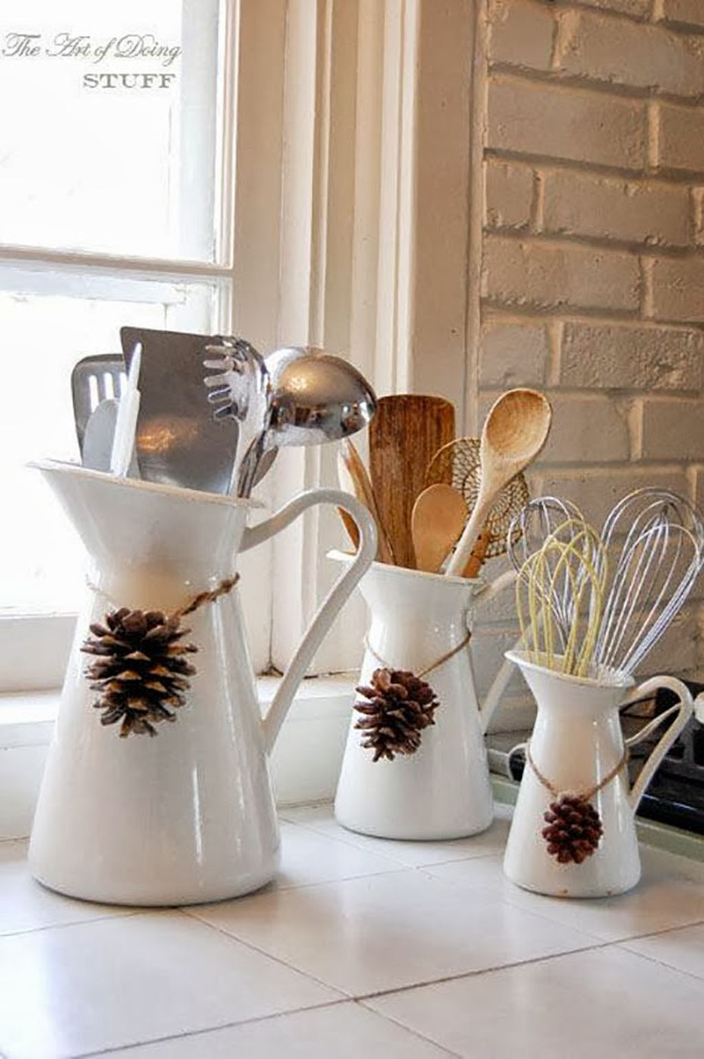 Adorable Rustic Christmas Kitchen Decoration Ideas 21