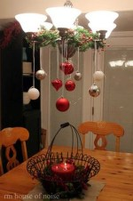 Adorable Rustic Christmas Kitchen Decoration Ideas 47