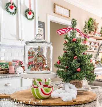 Adorable Rustic Christmas Kitchen Decoration Ideas 52