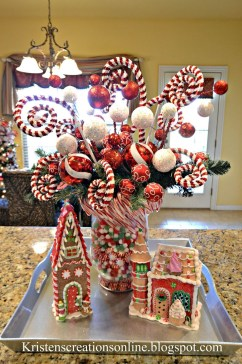 Adorable Rustic Christmas Kitchen Decoration Ideas 62