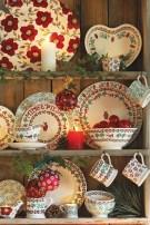 Adorable Rustic Christmas Kitchen Decoration Ideas 63