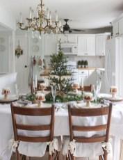 Adorable Rustic Christmas Kitchen Decoration Ideas 81