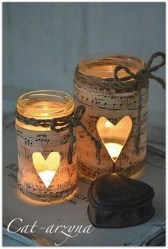 Creative DIY Christmas Candle Holders Ideas To Makes Your Room More Cheerful 02