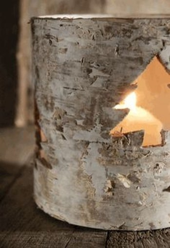 Creative DIY Christmas Candle Holders Ideas To Makes Your Room More Cheerful 33
