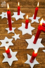 Creative DIY Christmas Candle Holders Ideas To Makes Your Room More Cheerful 67