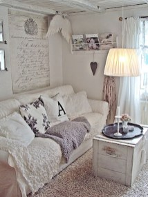 Creative DIY Shabby Chic Decoration Ideas For Your Living Room 50