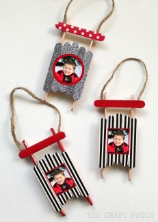 Easy And Creative DIY Photo Christmas Ornaments Ideas 13
