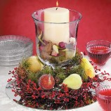Easy And Simple Christmas Table Centerpieces Ideas For Your Dining Room 45