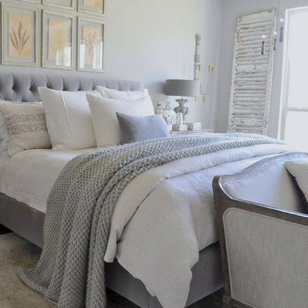 Gorgeous Vintage Master Bedroom Decoration Ideas 23