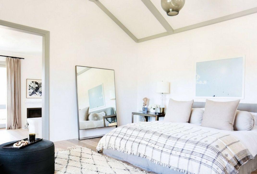 Gorgeous Vintage Master Bedroom Decoration Ideas 43