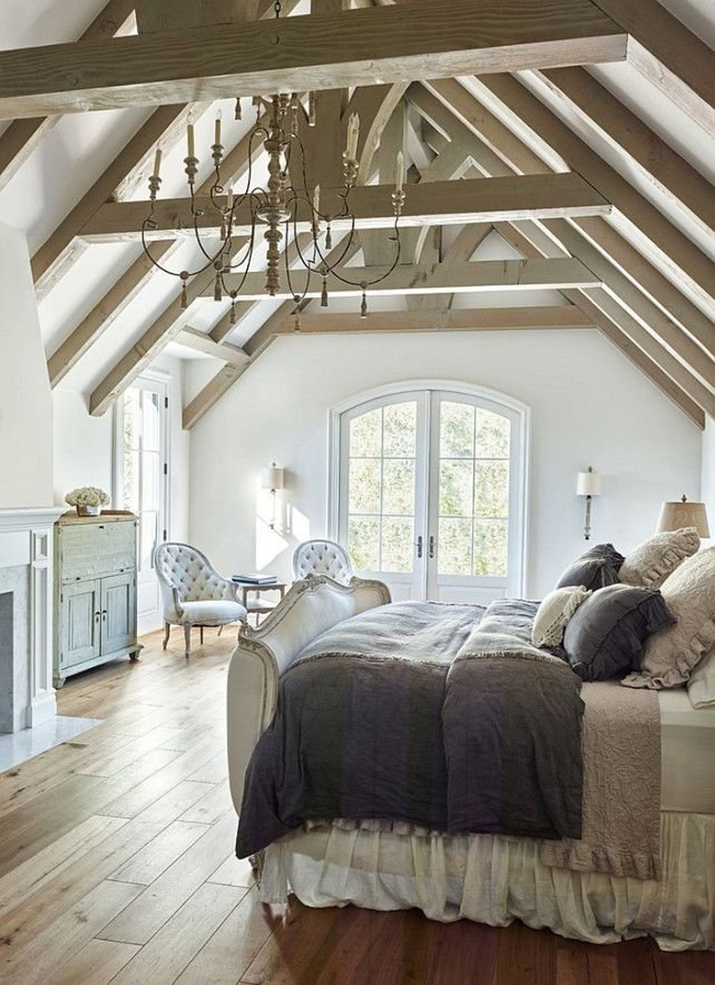 Gorgeous Vintage Master Bedroom Decoration Ideas 91