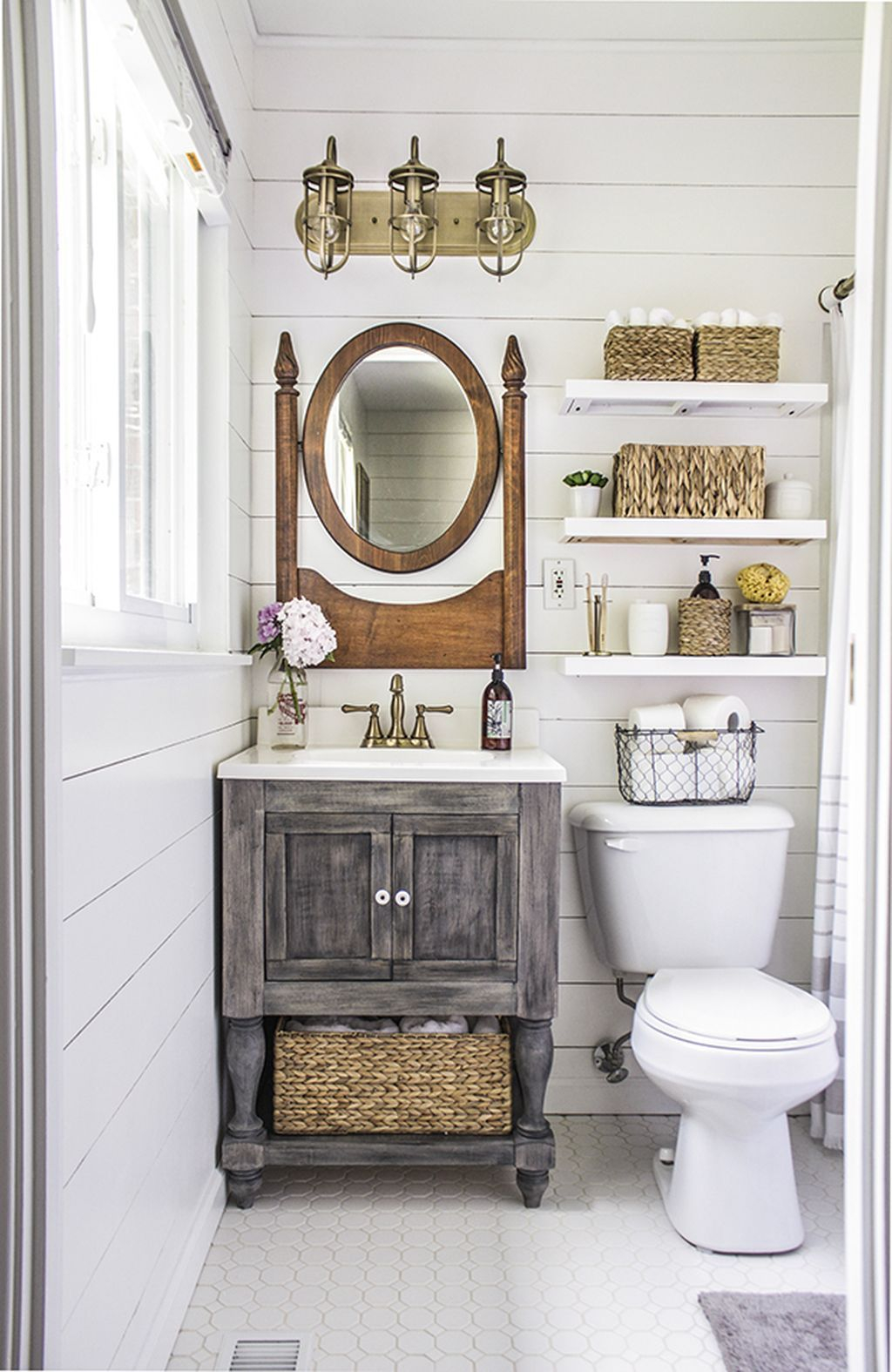 Inspiring Rustic Bathroom Vanity Remodel Ideas 16