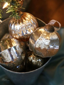 Inspiring Rustic Christmas Tree Decoration Ideas For Cheerful Day 03