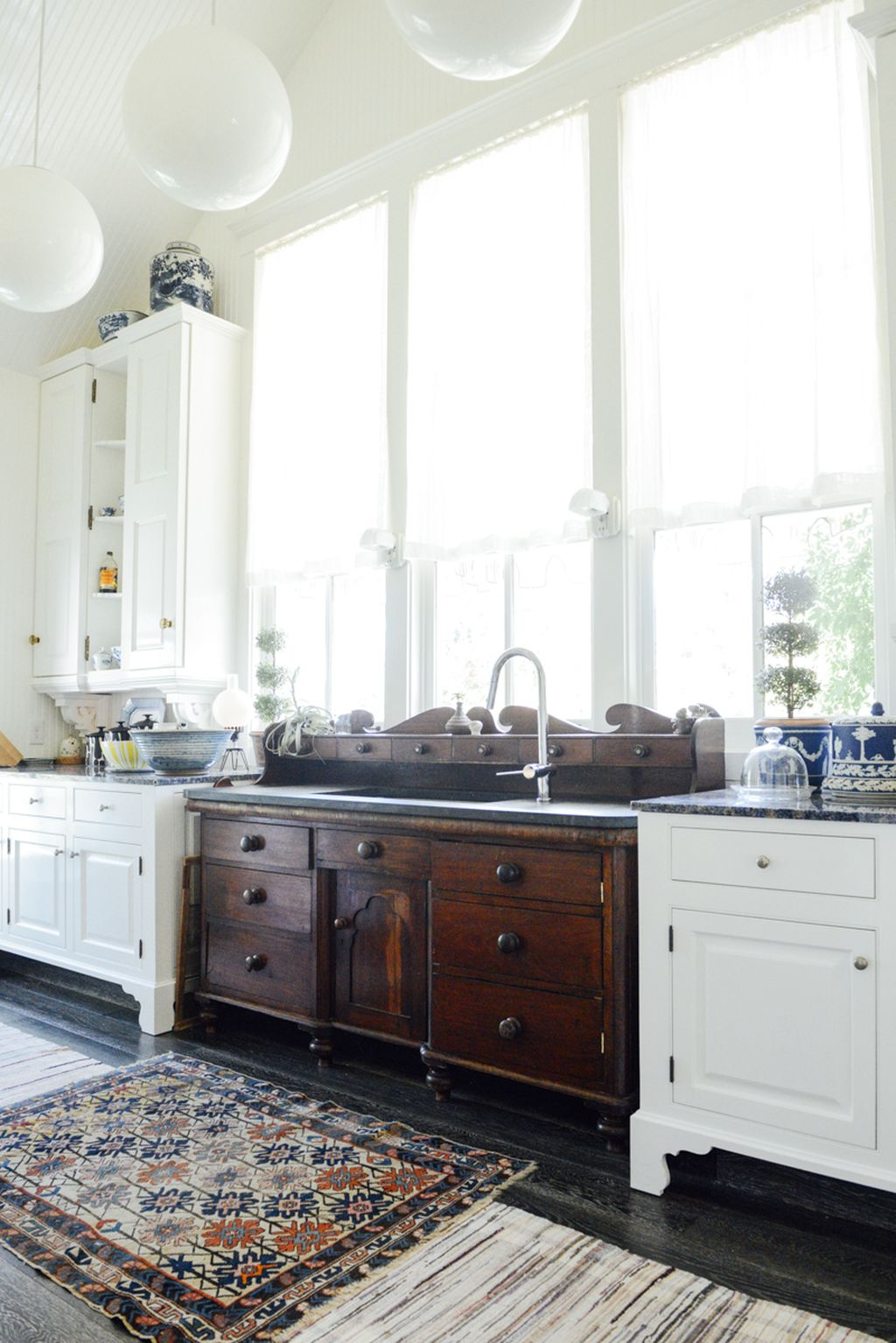 Inspiring Traditional Victorian Kitchen Remodel Ideas 02