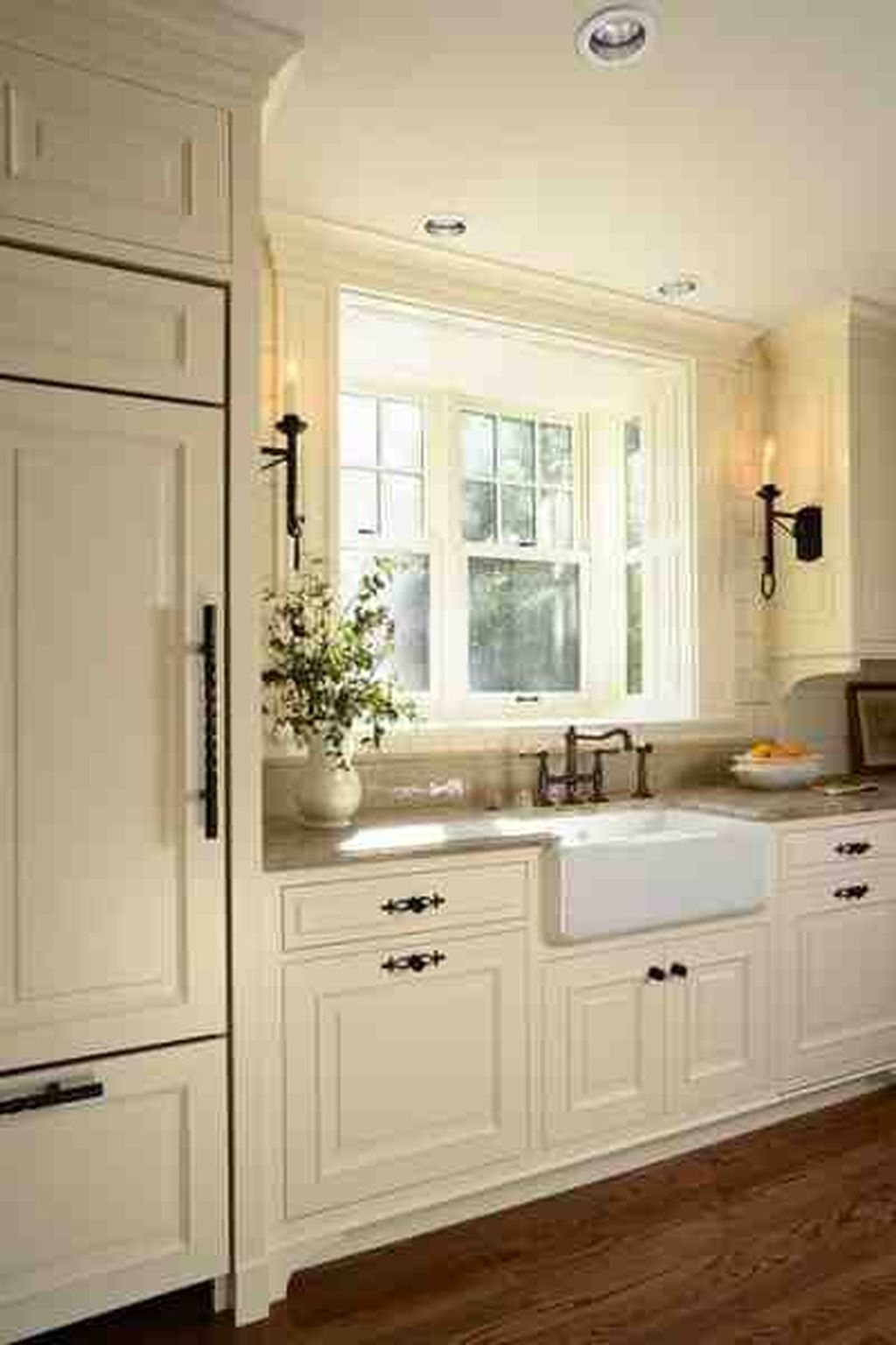 Inspiring Traditional Victorian Kitchen Remodel Ideas 03