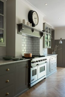 Inspiring Traditional Victorian Kitchen Remodel Ideas 13