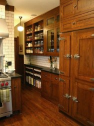 Inspiring Traditional Victorian Kitchen Remodel Ideas 26