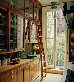 Inspiring Traditional Victorian Kitchen Remodel Ideas 42