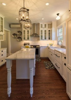 Inspiring Traditional Victorian Kitchen Remodel Ideas 48