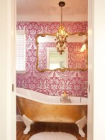 Romantic And Elegant Bathroom Design Ideas With Chandeliers 01