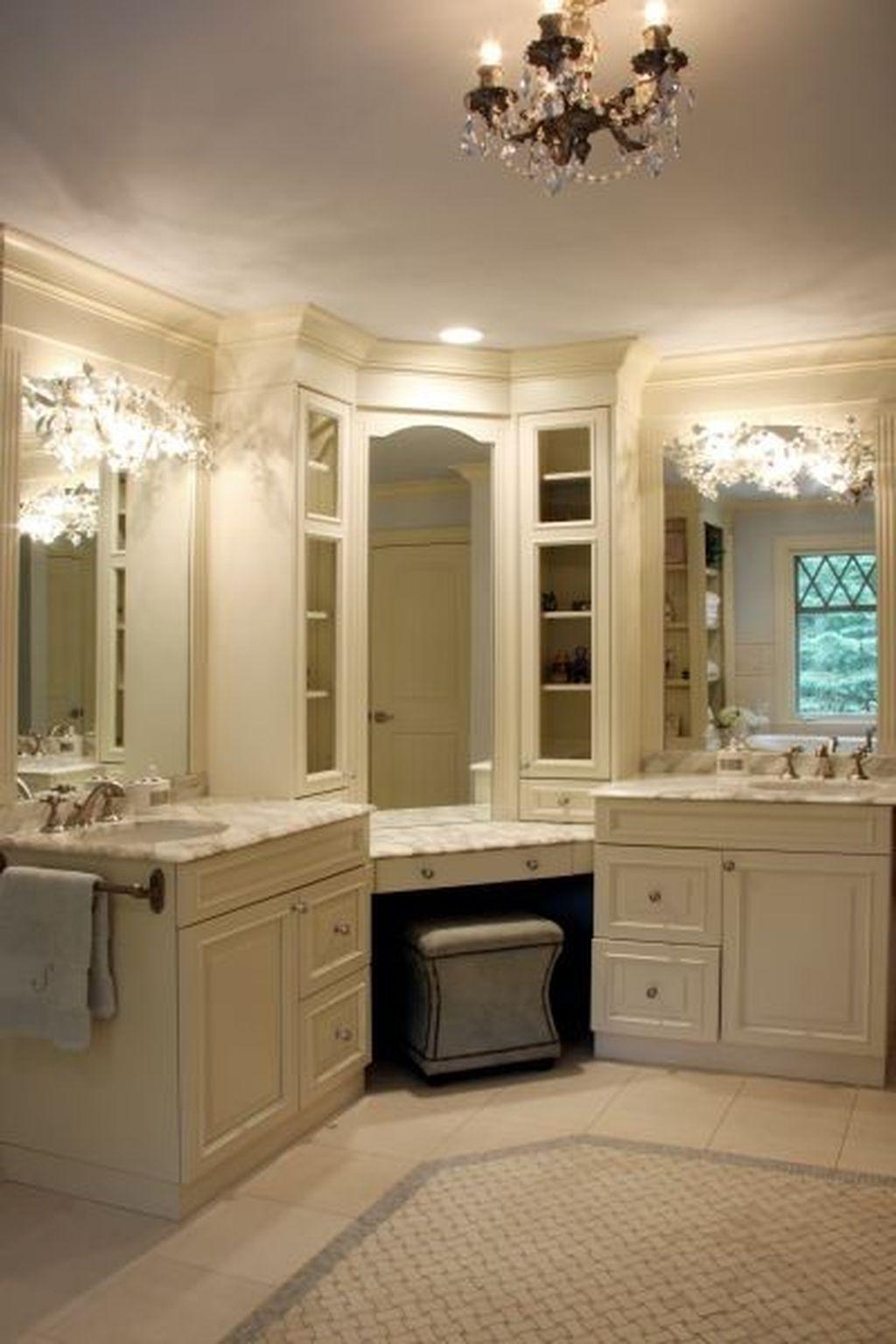 Romantic And Elegant Bathroom Design Ideas With Chandeliers 16