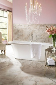 Romantic And Elegant Bathroom Design Ideas With Chandeliers 21