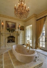 Romantic And Elegant Bathroom Design Ideas With Chandeliers 34