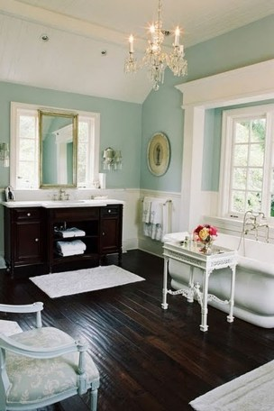 Romantic And Elegant Bathroom Design Ideas With Chandeliers 45