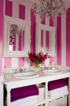Romantic And Elegant Bathroom Design Ideas With Chandeliers 54