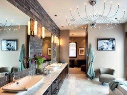 Romantic And Elegant Bathroom Design Ideas With Chandeliers 95