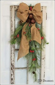 Simple But Beautiful Front Door Christmas Decoration Ideas 13