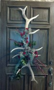 Simple But Beautiful Front Door Christmas Decoration Ideas 22