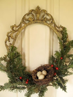 Simple But Beautiful Front Door Christmas Decoration Ideas 60