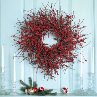 Simple But Beautiful Front Door Christmas Decoration Ideas 78