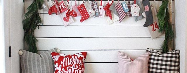 Totally Inspiring Christmas Porch Decoration Ideas 56