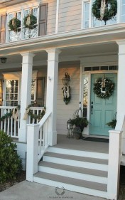 Totally Inspiring Christmas Porch Decoration Ideas 85