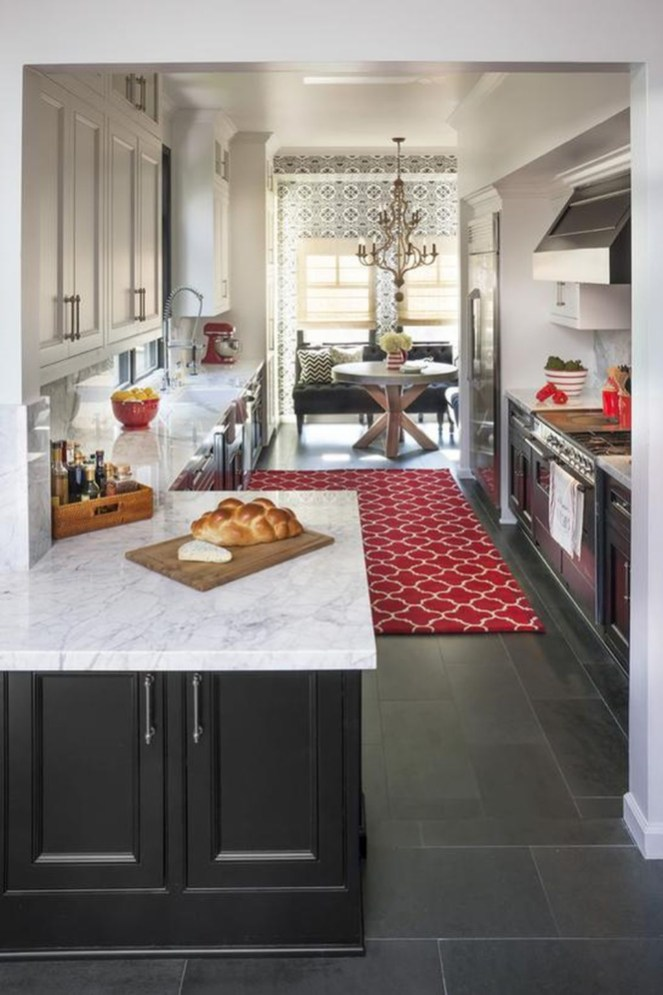 Totally Outstanding Traditional Kitchen Decoration Ideas 09