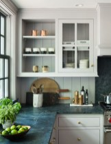 Totally Outstanding Traditional Kitchen Decoration Ideas 127