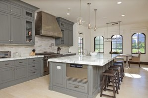 Totally Outstanding Traditional Kitchen Decoration Ideas 131