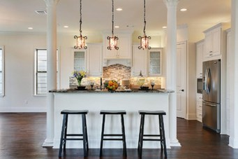 Totally Outstanding Traditional Kitchen Decoration Ideas 137