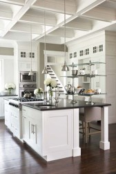 Totally Outstanding Traditional Kitchen Decoration Ideas 15